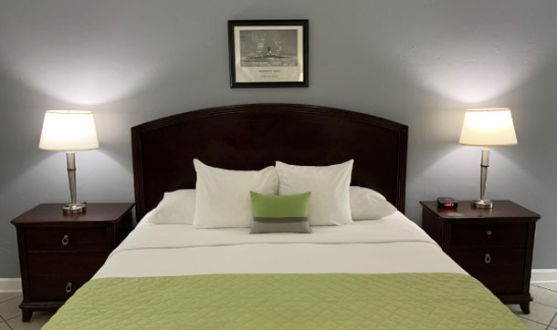 Villa Venice Resort Gay Fort Lauderdale Hotels King Guestroom
